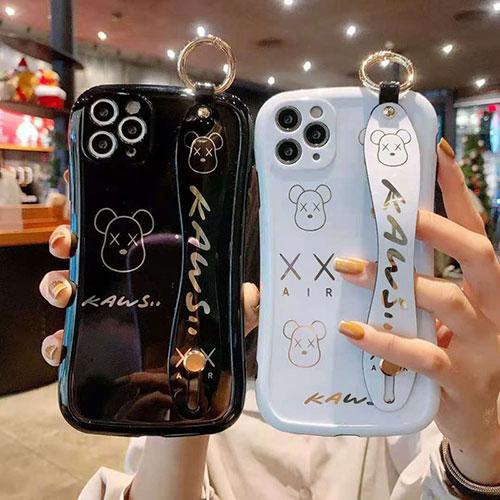 カウズiphone 12/12 prp/12 mini/12 pro maxほぼ全機種対応激安iphone 11/11 pro/11 pro maxケース DOCOMO AUセレブ愛用全機種対応ハイブランドケース パロディ